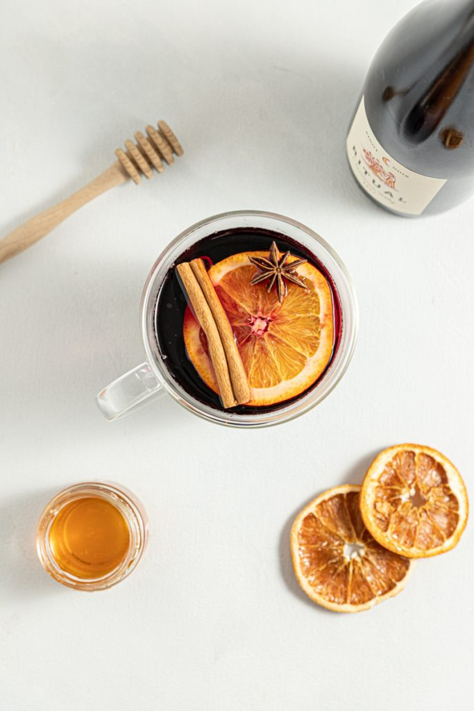 Honey Mulled Wine Pinot Noir Warm Drinks Cocktails Red Wine