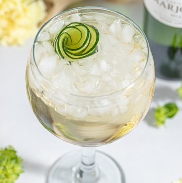 Elderflower Cucumber Spritz White Wine Cocktail